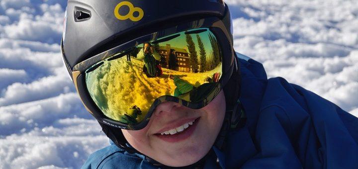 Gogle narciarskie dla noszących okulary