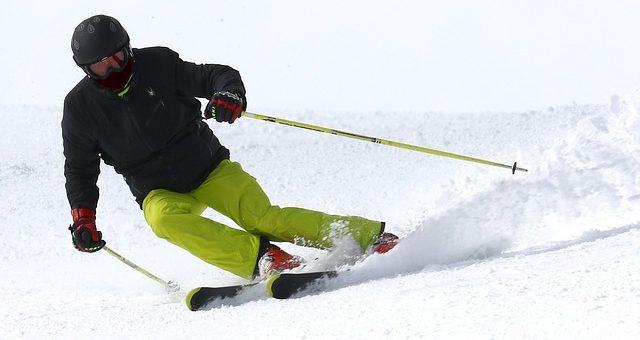 Dlaczego warto mieć dobrze dobrane skarpety narciarskie?